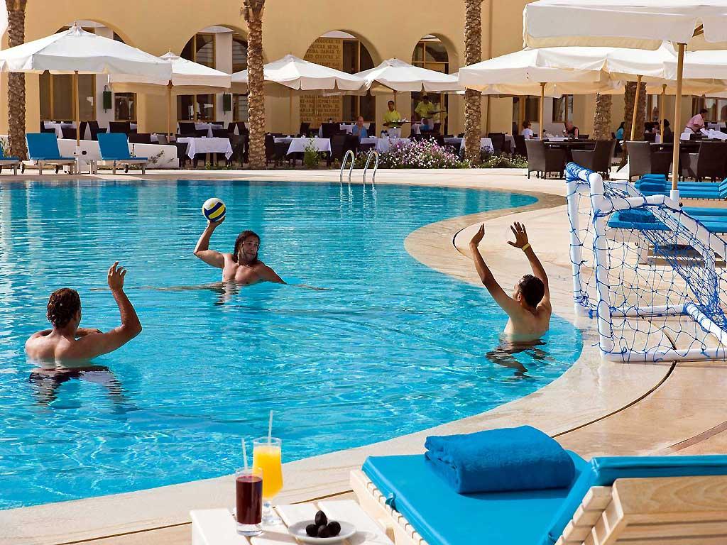 Novotel Sharm El-Sheikh Beach image18