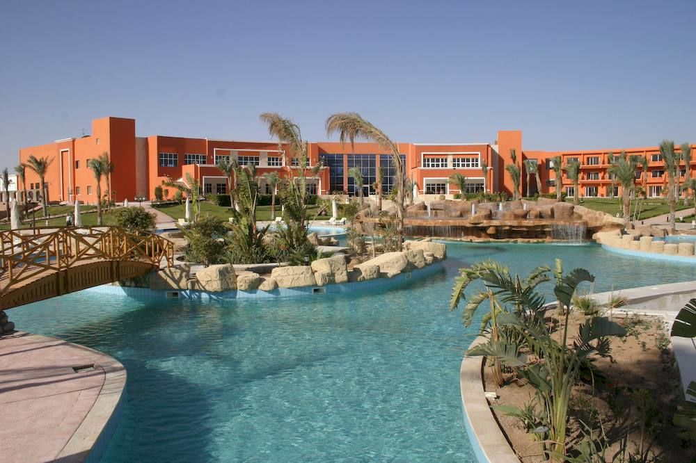 Amwaj Oyoun Resort & Spa image13
