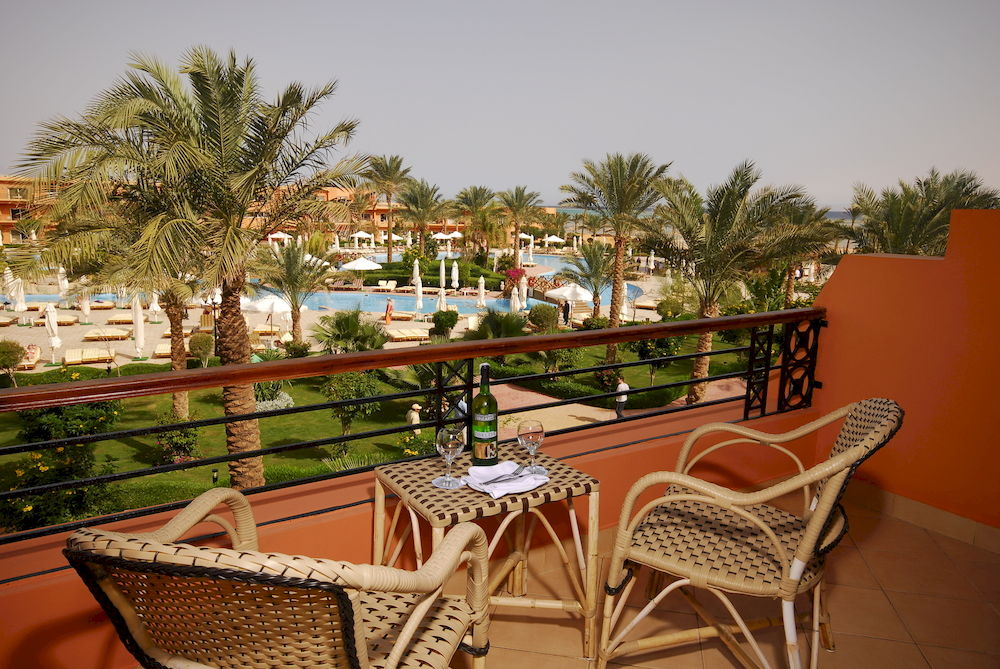 Amwaj Oyoun Resort & Spa image19