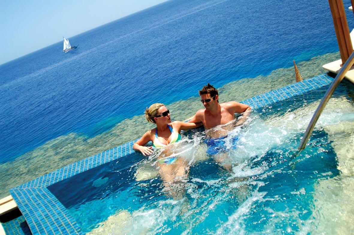 Reef Oasis Blue Bay Resort & Spa image9