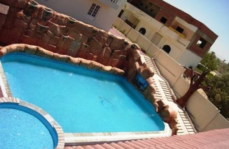 Ceceil Hotel image5