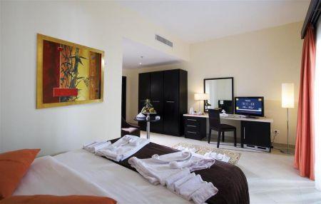 Teda Swiss Inn Plaza Hotel image1