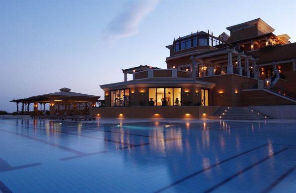 La Residence Des Cascades Resort image1