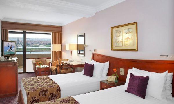 Holiday Inn Cairo Maadi Towers & Casino image9