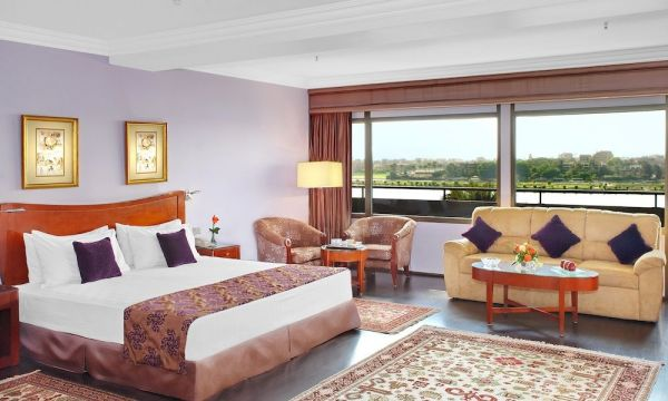 Holiday Inn Cairo Maadi Towers & Casino image10