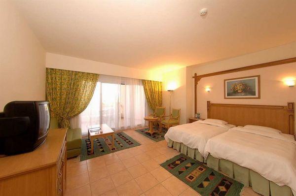 Hilton Hurghada Long Beach Resort image3