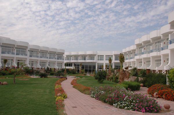 Queen Sharm Resort image20