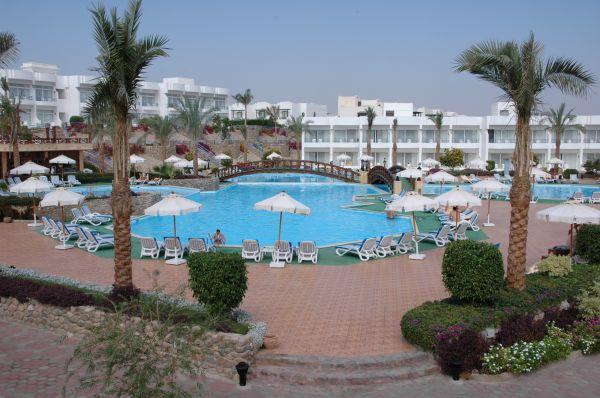 Queen Sharm Resort image24