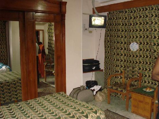 Regency Hotel image4