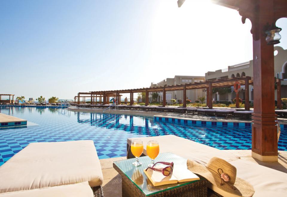 sunrise grand select arabian beach resort sharm el sheikh. Black Bedroom Furniture Sets. Home Design Ideas