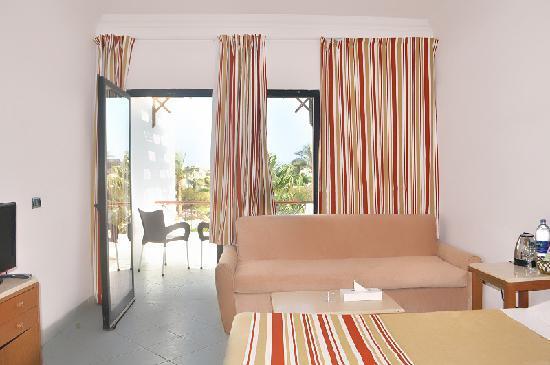 Karma Hotel image3
