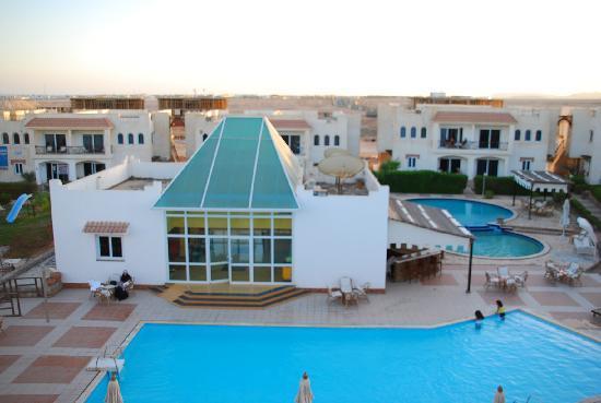Logaina Sharm Resort image1