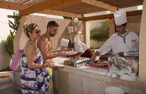 Sharm Reef Hotel image10