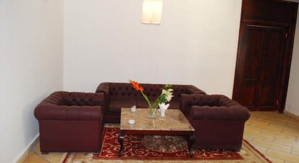 Spectra Inn Hotel image8