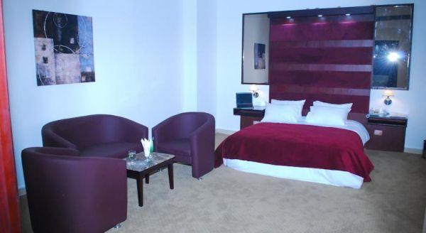Spectra Inn Hotel image12