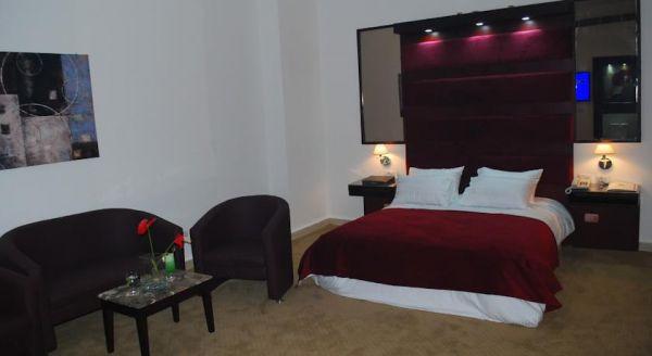 Spectra Inn Hotel image14