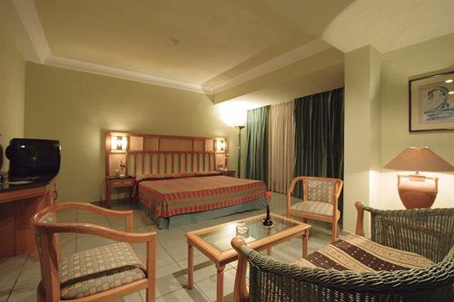 Sea Garden Hotel image5