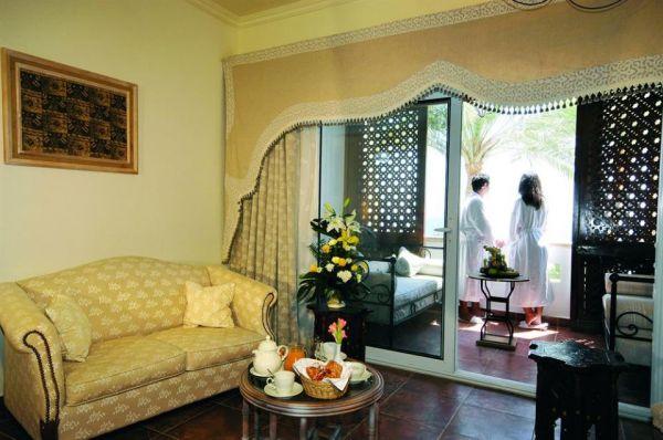Domina Hotel & Resort Prestige image20