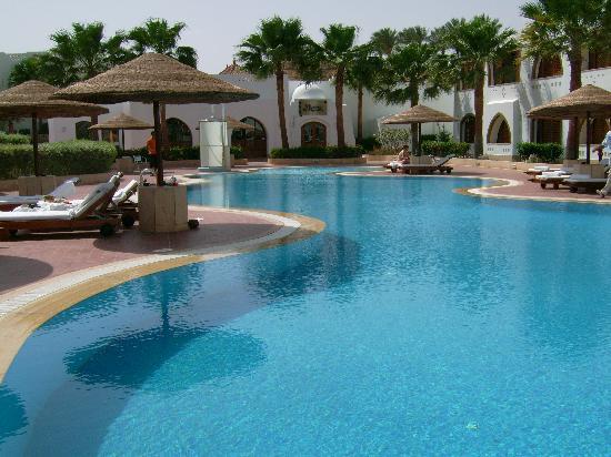 Domina Hotel & Resort Prestige image26
