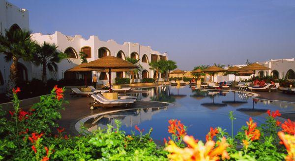 Domina Hotel & Resort Prestige image27