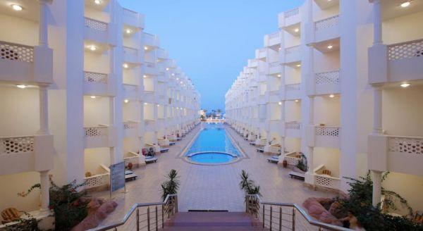 Golden 5 Emerald Resort image2