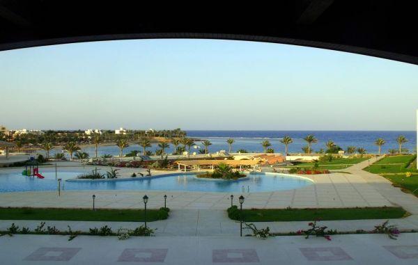 Royal Brayka Beach Resort image10