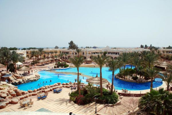 Club El Faraana Reef Resort image1