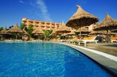 Siva Grand Beach Hotel image2