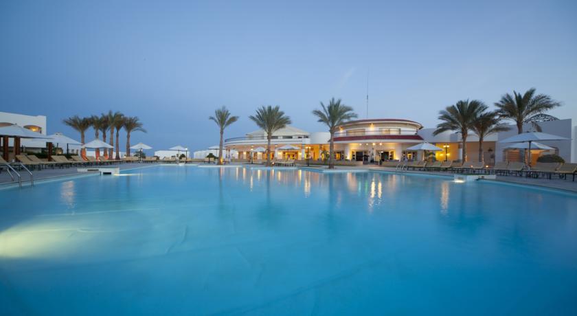 Coral Beach Resort Tiran image1