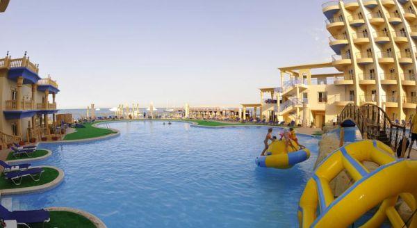 Sphinx Aqua Park Beach  Resort image3