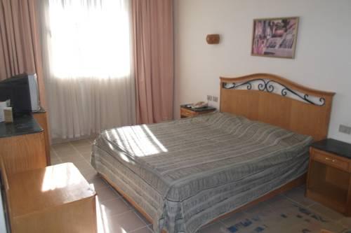 Queen Sharm Resort image10