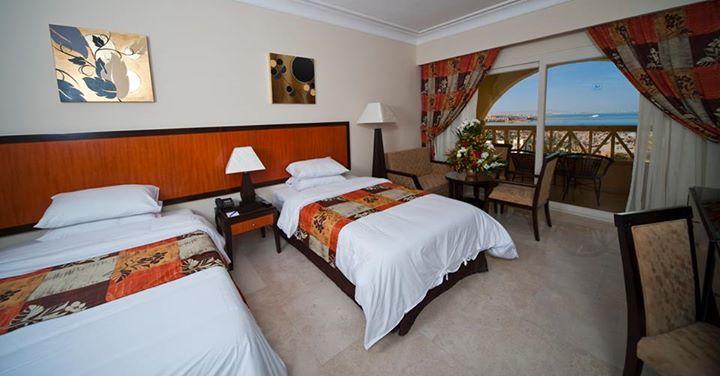 AMC Royal Hotel image3