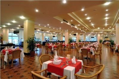 Grand Oasis Resort image21