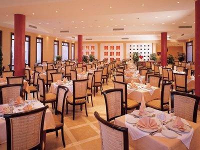 Tamra Beach Hotel image18