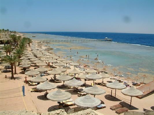 Tamra Beach Hotel image3