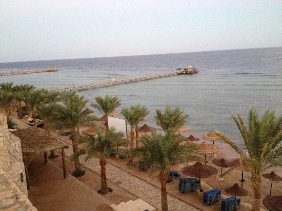 Tamra Beach Hotel image9