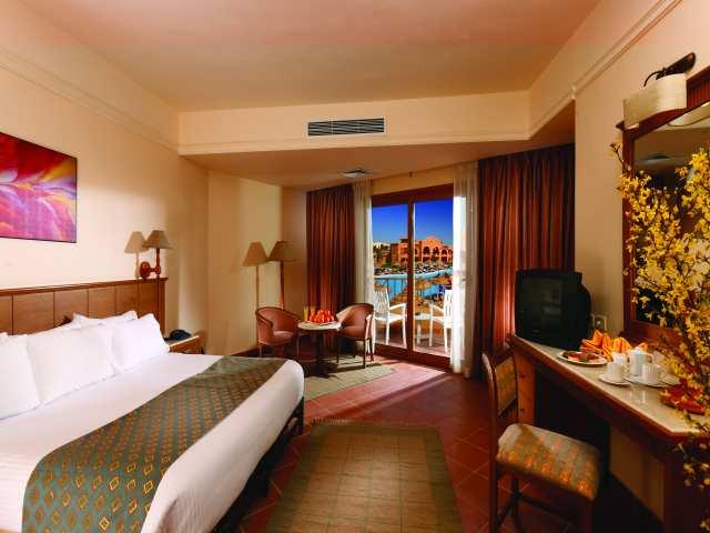 Sea Gardens Resort image10
