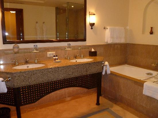Four Seasons Resort Sharm El Sheikh image4