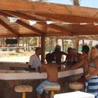 g14/0_coral-beach_bar_1.jpg