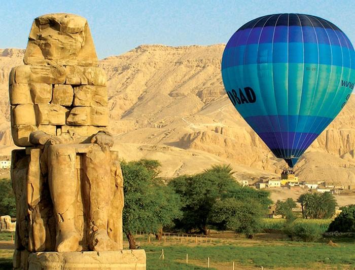 Luxor colossi memnon